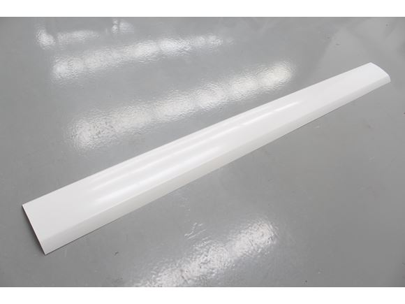 AH2 Skirt Rail 2636 mm White product image