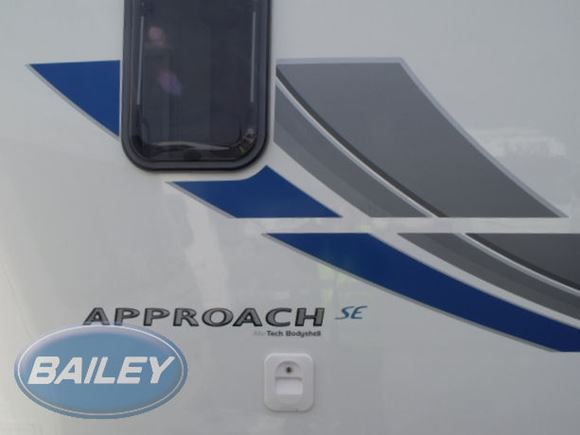 Approach 620SE O/S Front Side Top Decal product image