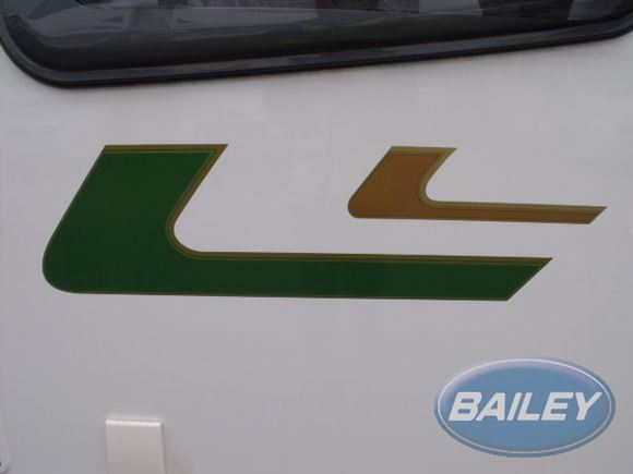 Retreat N/S Front Gold & Green Main Decal product image