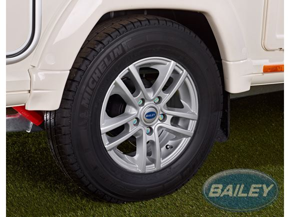 "Unicorn II 14"" Alloy & Michelin Tyre 185 R14 product image"