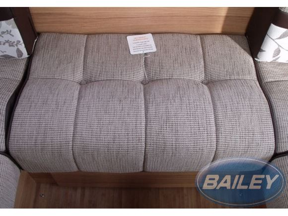 App Autograph Base Cushion 775x470x165/195mm Tra product image