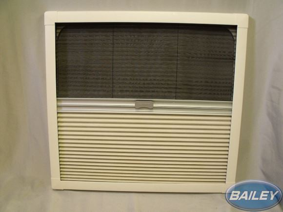 UN3 Cab REMIbase Plus Blind & Fly Screen 673x630mm product image