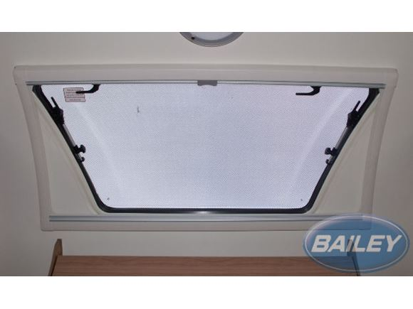 PT2 & AH1 Curved Roof Light Blind product image
