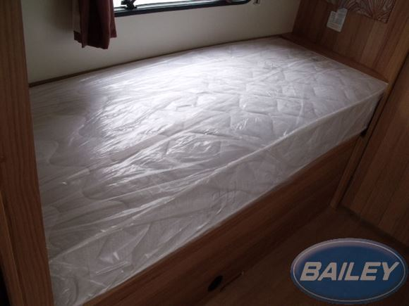 Pursuit 550/4 O/S Fixed Bed Mattress product image