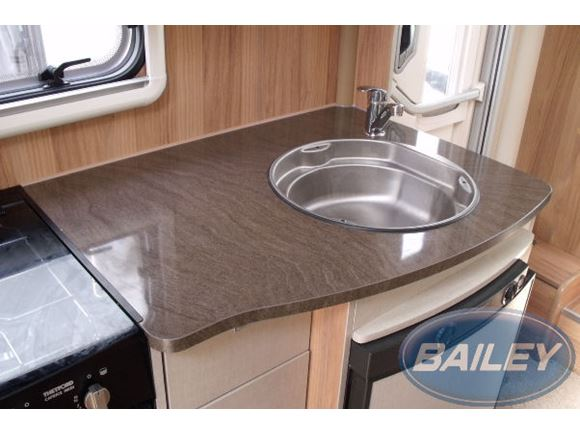 Approach Autograph 625 750 765 Kitchen Top product image