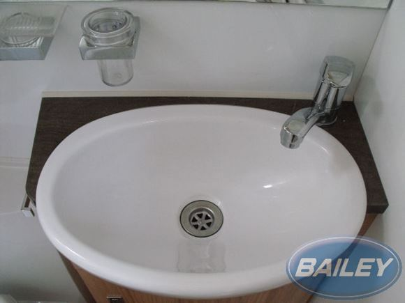 Approach Autograph 625 740 745 Washroom Sink Top product image