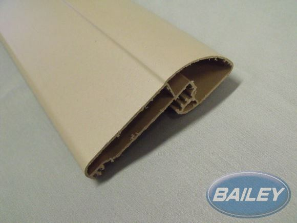 Unicorn III Bottom Locker Extrusion in CAMEL per m product image