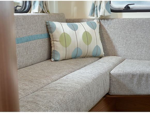 Approach Advance 640 Upholstery Set In Queensway product image