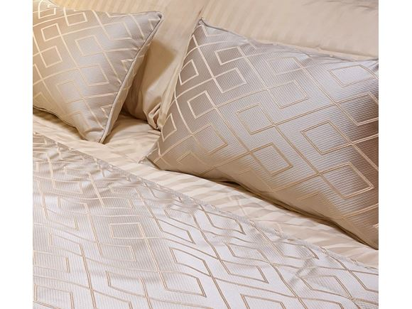 Bedding Set Pegasus Grande SE Messina Goldhawk product image